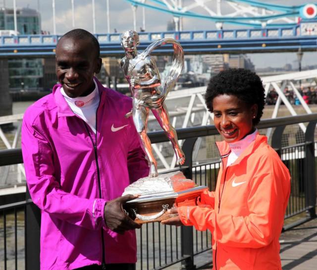 londom-mar-2015-sieger-trophy