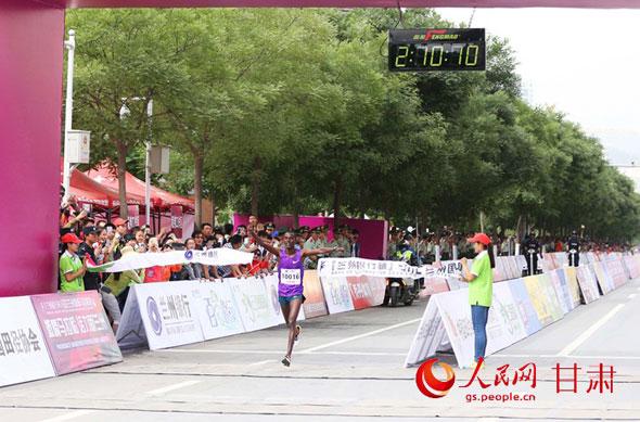 lanzhou-marathon-2015-winner