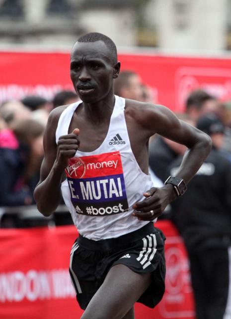 london-2015-e-mutai-finish