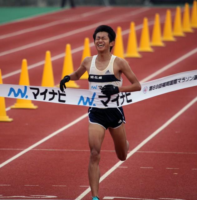 fukuoka-mar-2015-finish-sasaki