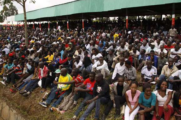 kenyan-trials-2016-zuschauer-dn