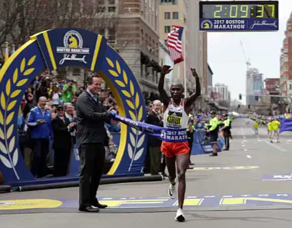boston-mar-2017-finish-kirui