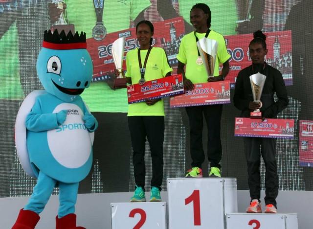 istanbul-half-2017-winner-women