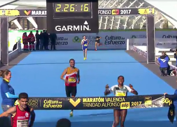 valencia-mar-2017-finish-mekuria