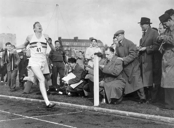 sir-roger-bannister-historic-mile