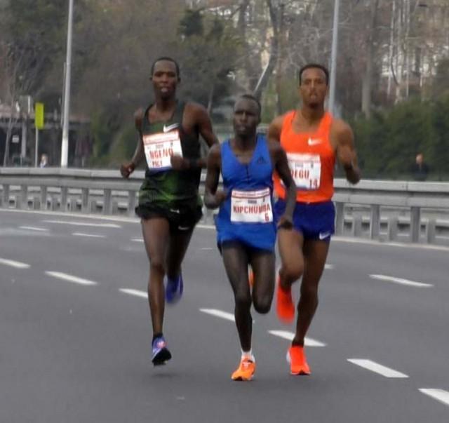 istanbul-half-2019-20km-men